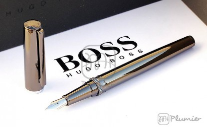 "Pluma estilográfica Hugo Boss ""Gear metal Dark Chrome"""