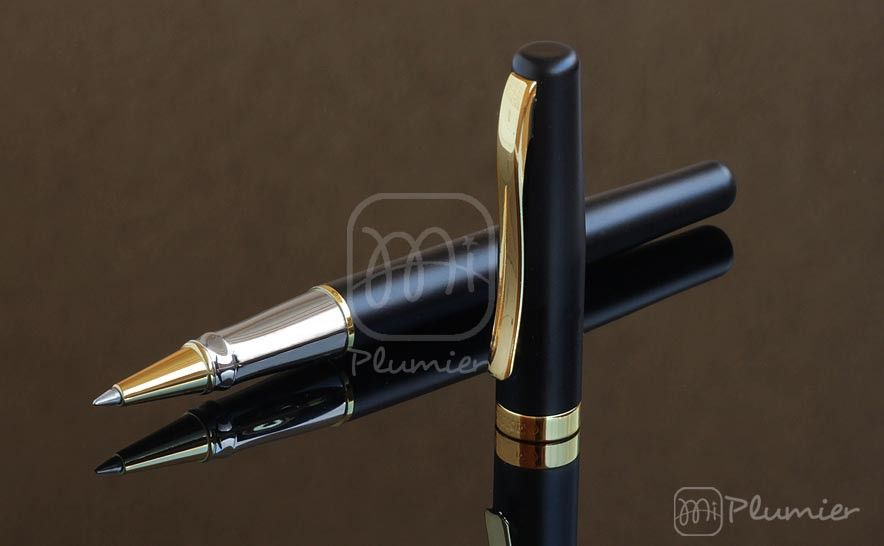 "Roller Duke ""209 black sand golden clip"""